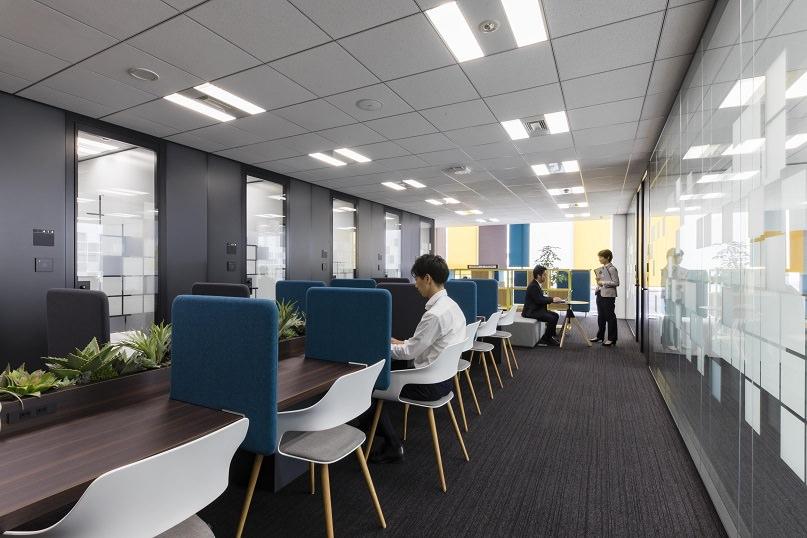 コワーキングスペース「クロスオフィス六本木」のコワーキング②