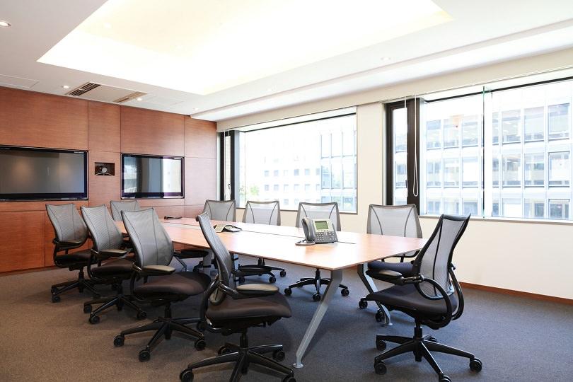 コワーキングスペース「コンパスオフィス 虎ノ門40MTビル」の会議室