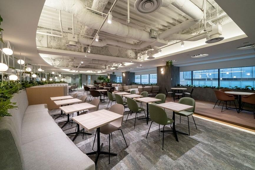 コワーキングスペース「ビジネスエアポート日比谷」の共有スペース